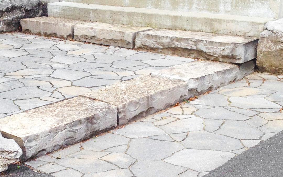 Entrée en pierres naturelles