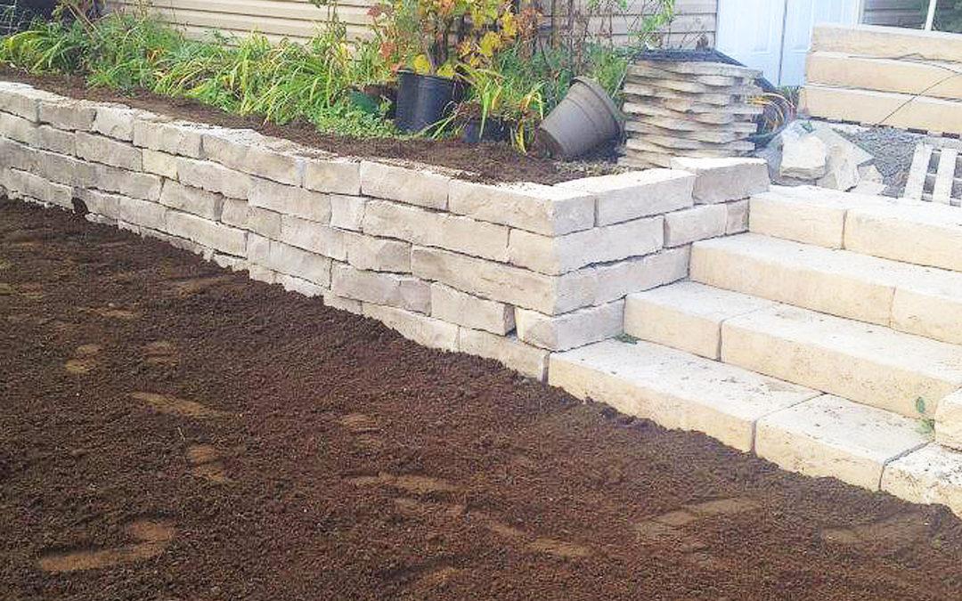 Muret de pierres naturelles